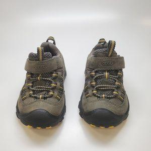 Toddler Keen Sneaker Size 5